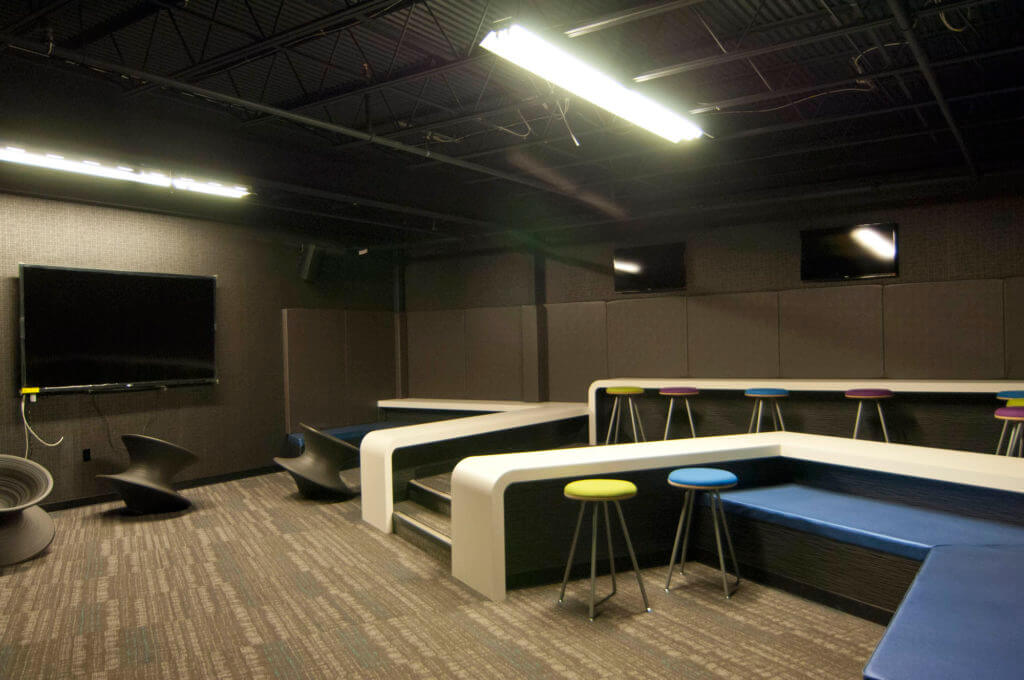 Lounge at the Deal Sephardic Network Community Center